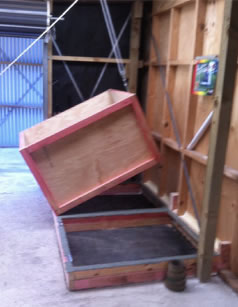 Tipping walnut drying box