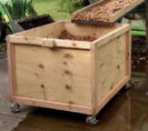 Walnut transporting and drying bin